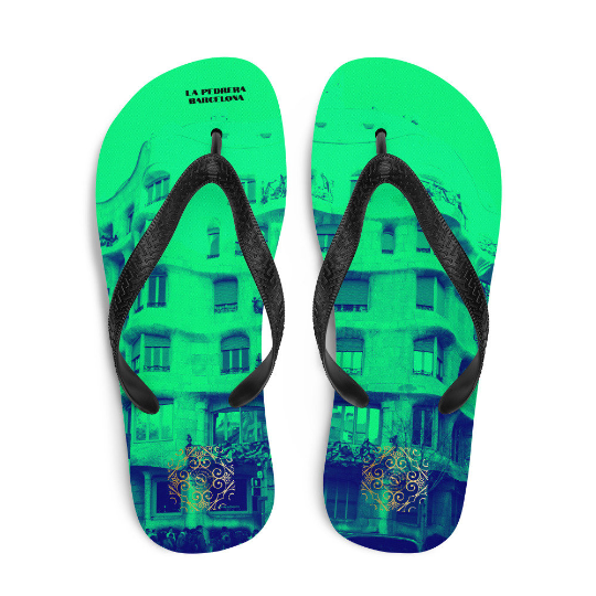 La Pedrera flip flops (verde) exclusive designfrom us, influenced from Antoni Gaudi architecture, which was built in (1906-1912)