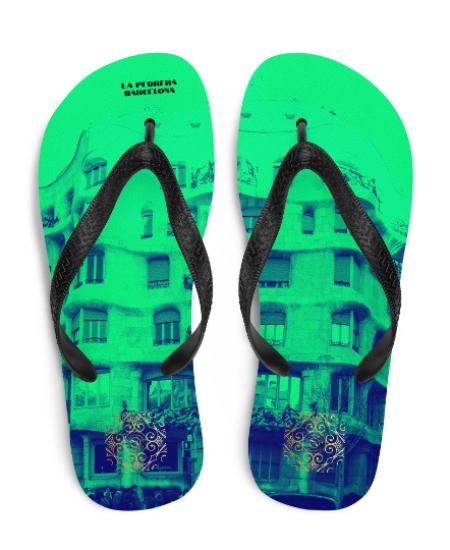 La Pedrera flip flops (verde) exclusive designfrom us, influenced from Antoni Gaudi architecture, which was built in (1906-1912)